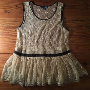 Anthropologie dil Lace Top